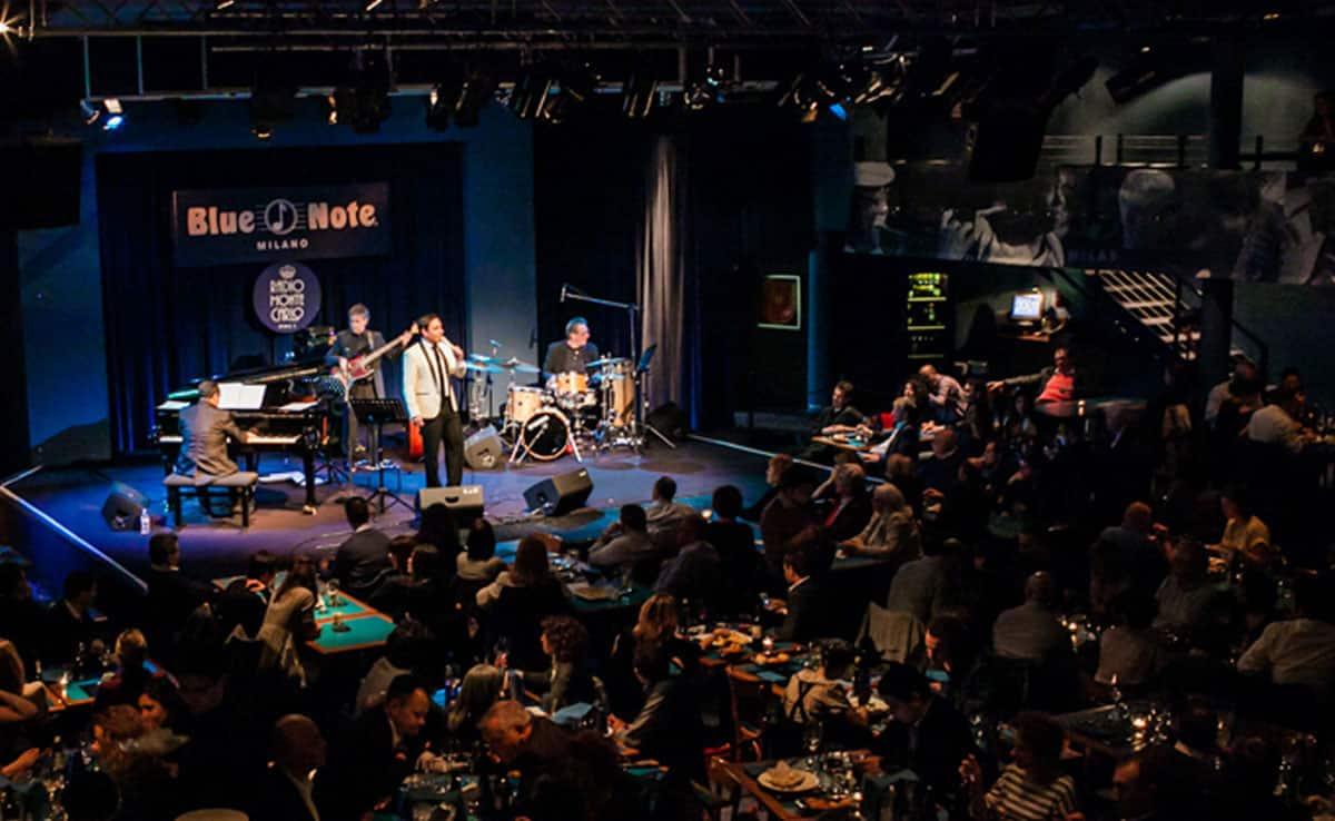 Il crooner Matteo Brancaleoni al Blue Note