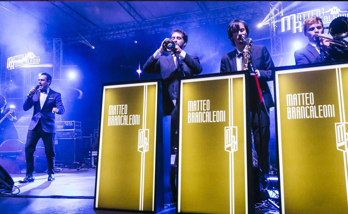 Il crooner Italiano Matteo Brancaleoni live