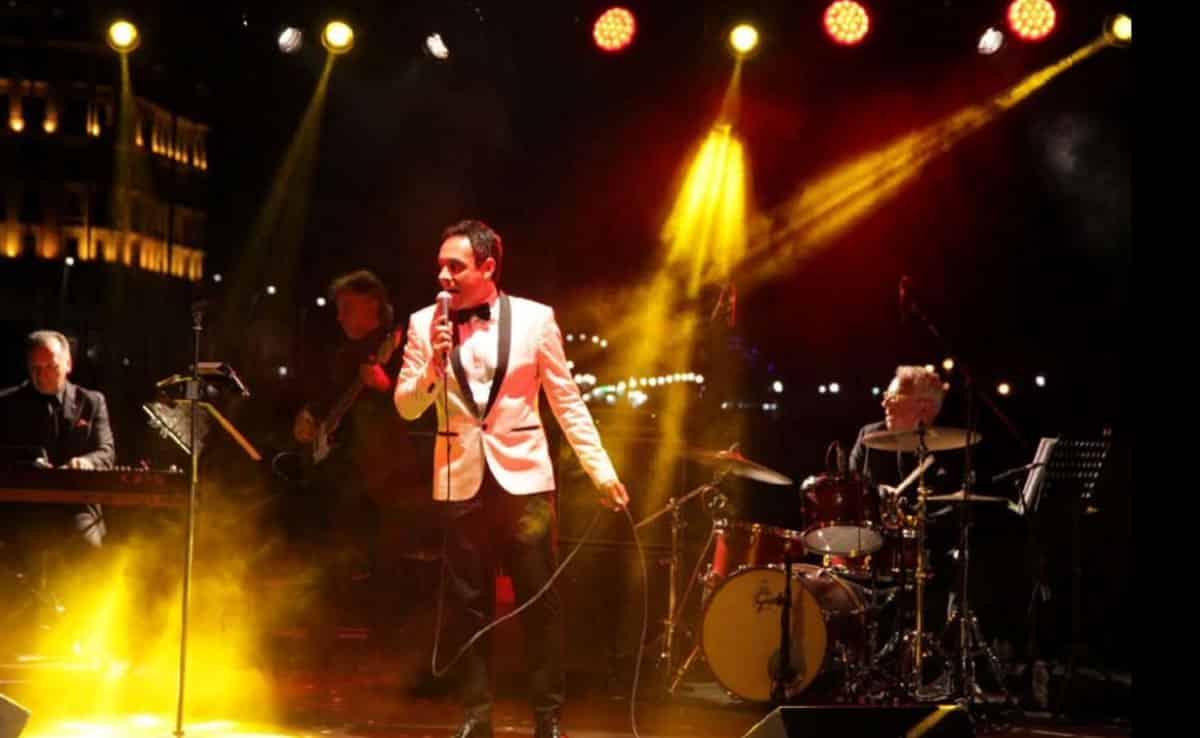 the italian crooner Matteo Brancaleoni live